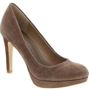 Banana Republic Kate Suede Heel in Portobella
